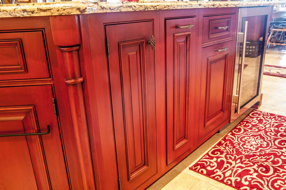 Customizing your kitchen cabinets