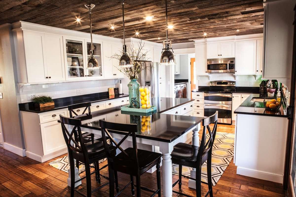 Residential kitchen design in Kansas