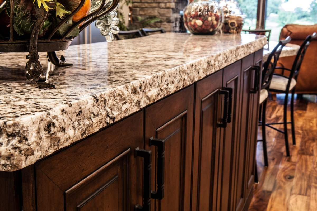 Custom cabinetry and countertops in Kansas