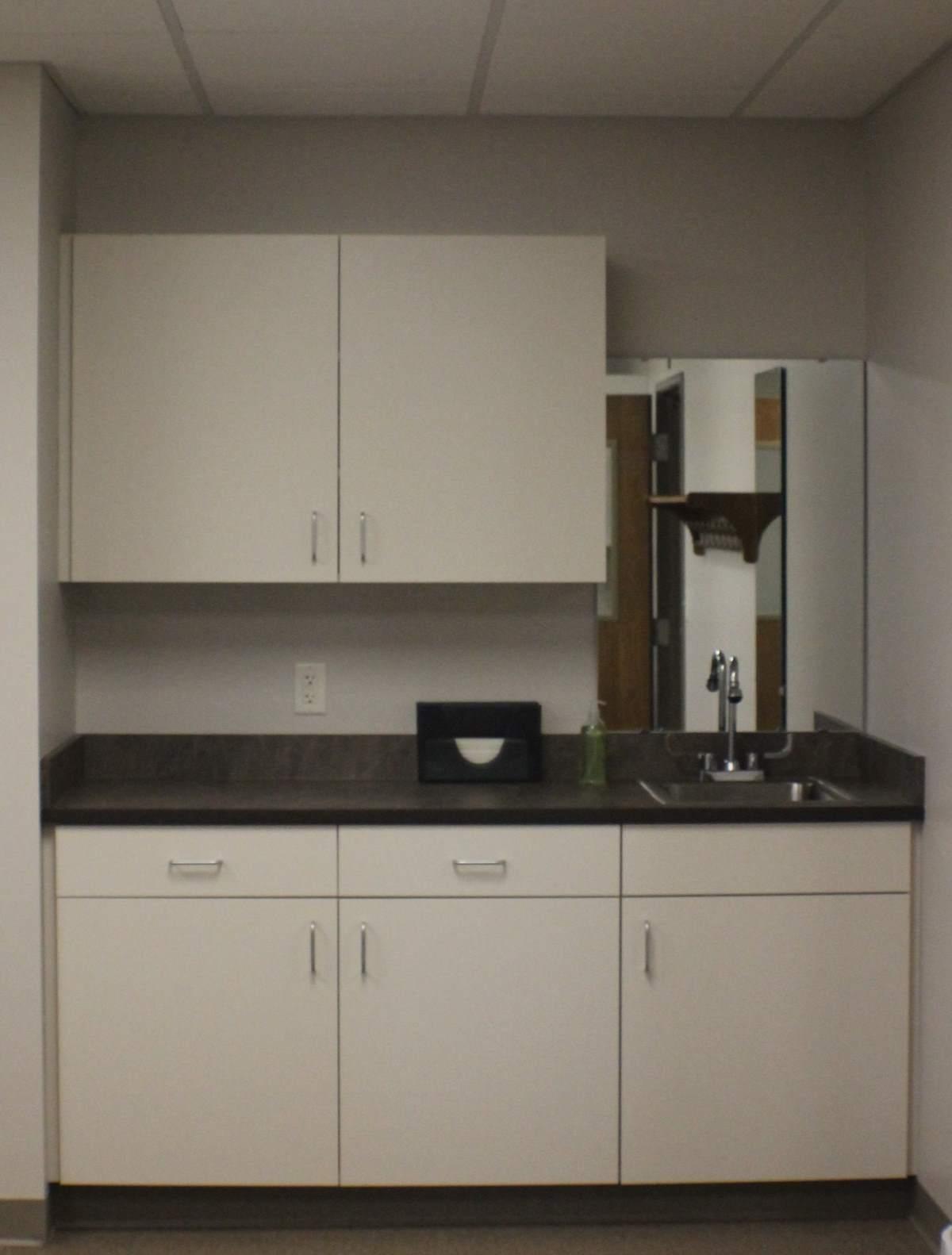 Keeping white kitchen white