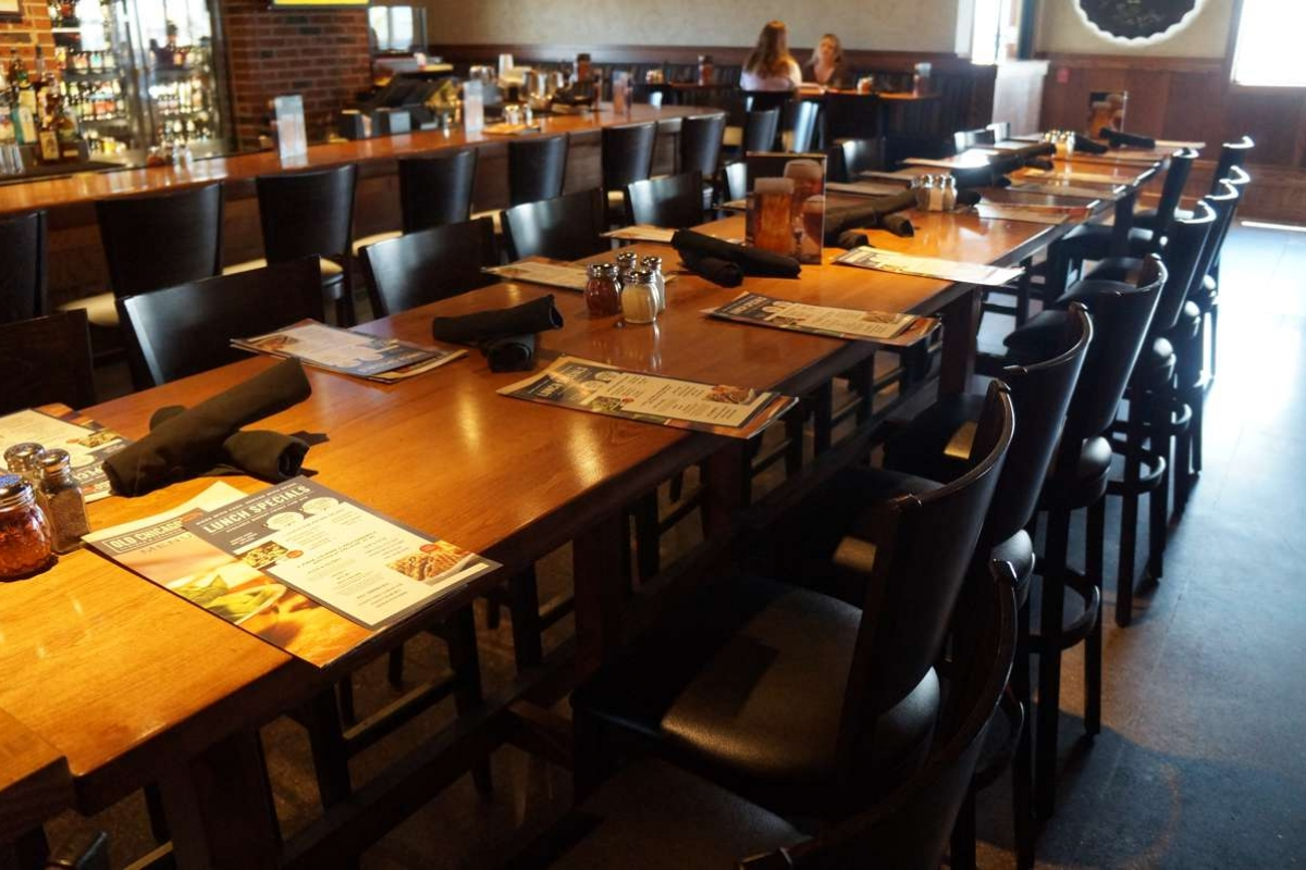 Custom table tops and furniture in Kansas