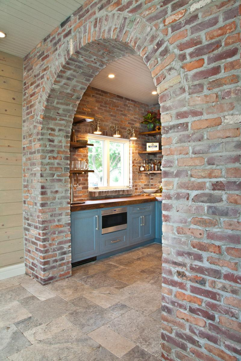 Poolhouse retreat kitchenette